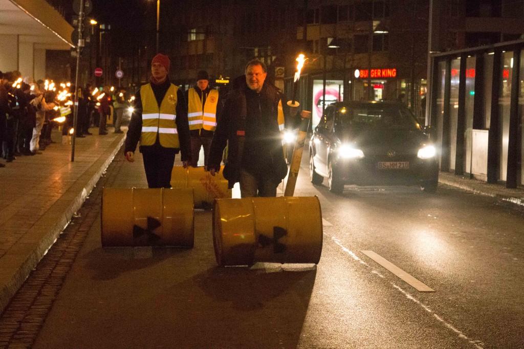 Weiß Braunschweig wie Atommüll behandelt werden muss?
