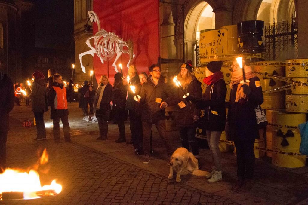 Braunschweig erhebt sich gegen Atommüll
